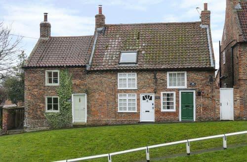 Last Minute Cottages - Tasteful Stillington Cottage S93730