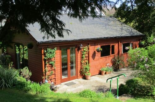 Last Minute Cottages - Charming Dolwyddelan Lodge S79888