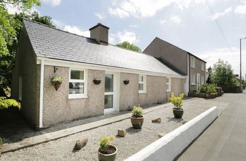 Last Minute Cottages - Bwlch Yr Awel Cottage
