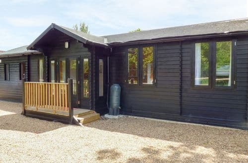 Last Minute Cottages - The Garden Lodge