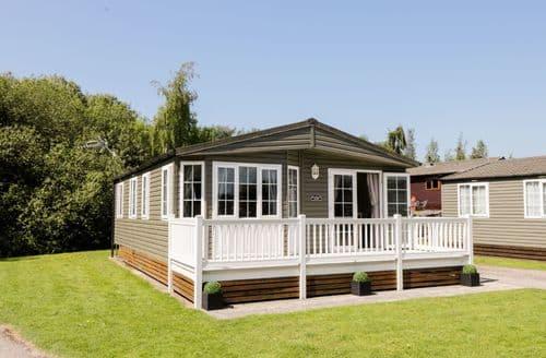 Last Minute Cottages - Adorable Tewitfield Cottage S81737