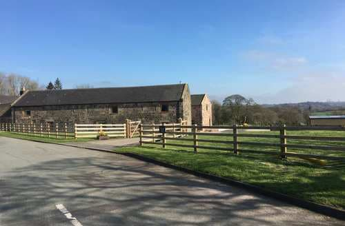Last Minute Cottages - Bagnall Green Farm