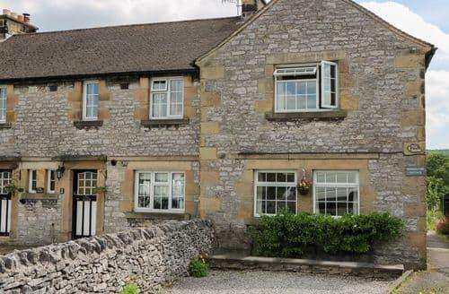 Last Minute Cottages - Quaint Youlgreave Cottage S83068