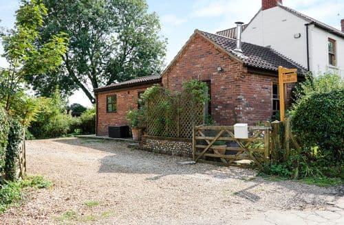 Last Minute Cottages - Luxury Mattishall Cottage S89575