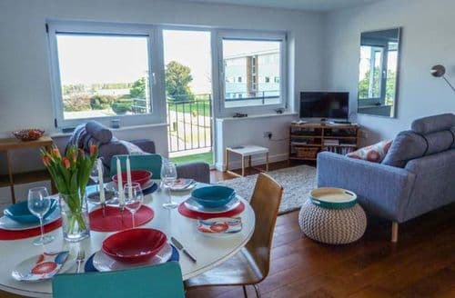 Last Minute Cottages - Inviting Walmer Apartment S79579