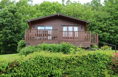 Last Minute Cottages - Oak Lodge