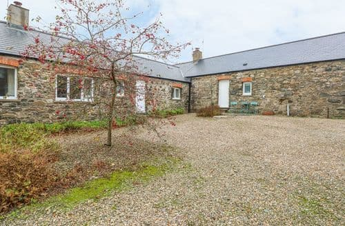Last Minute Cottages - Superb Solva Cottage S126455
