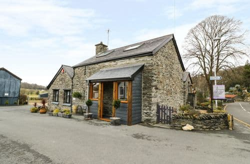 Last Minute Cottages - Exquisite Furnace Cottage S93200