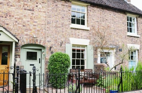 Last Minute Cottages - Quaint Ironbridge Cottage S83072