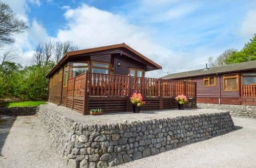 Last Minute Cottages - Oberlyn Lodge