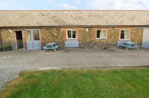 Last Minute Cottages - Byre