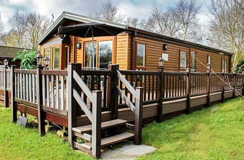 Last Minute Cottages - Wonderful Tattershall Lodge S79815