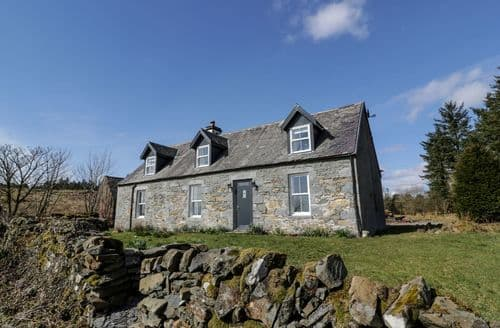 Last Minute Cottages - Tasteful  Cottage S101179