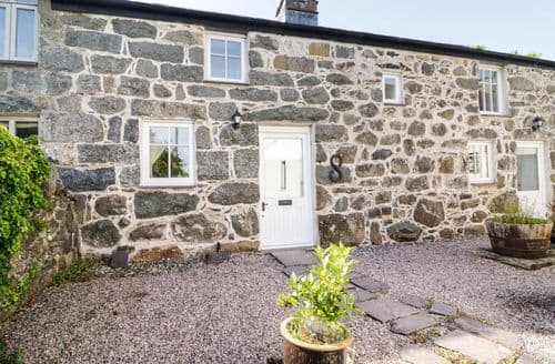 Last Minute Cottages - Bryn Aber Bach