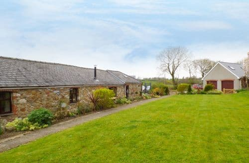 Last Minute Cottages - The Barn at Harrolds Farm