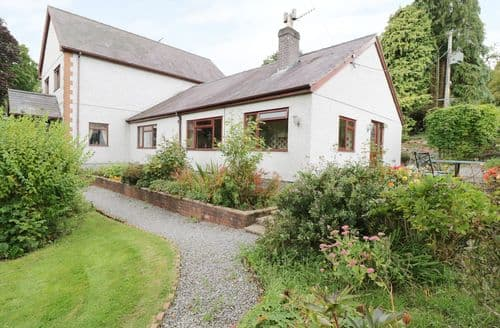 Last Minute Cottages - Inviting Glyn Dyfrdwy Cottage S80193