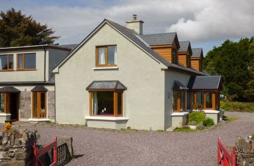 Last Minute Cottages - Captivating Caherciveen Cottage S79325
