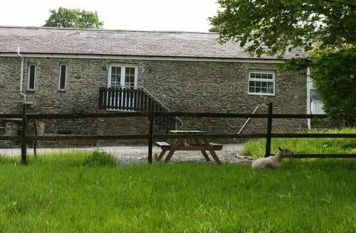 Last Minute Cottages - Cefn Bryn Cottage