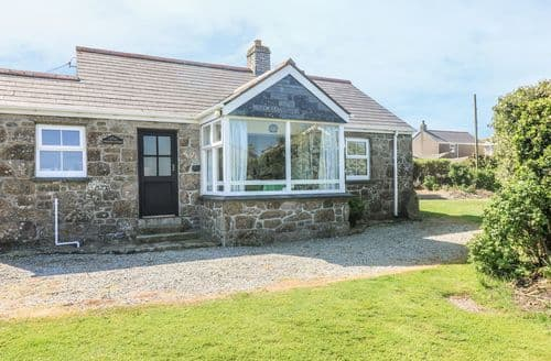 Last Minute Cottages - Superb Sennen Cove Cottage S82046