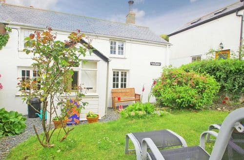 Last Minute Cottages - Adorable Porthleven Cottage S82134