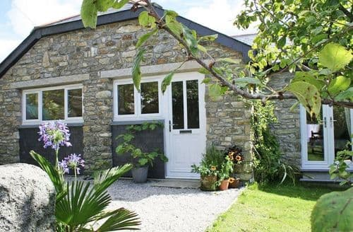 Last Minute Cottages - Tasteful Ashton Cottage S82174