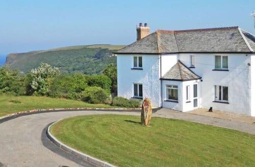Last Minute Cottages - Lovely Crackington Haven Cottage S82307