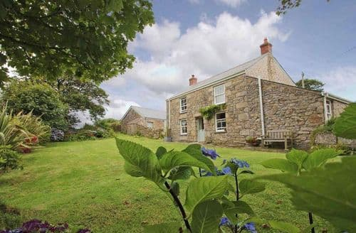 Last Minute Cottages - Attractive Troon Cottage S82374