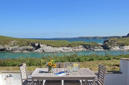 Holiday Log Cabins In Porth To Rent - Snaptrip