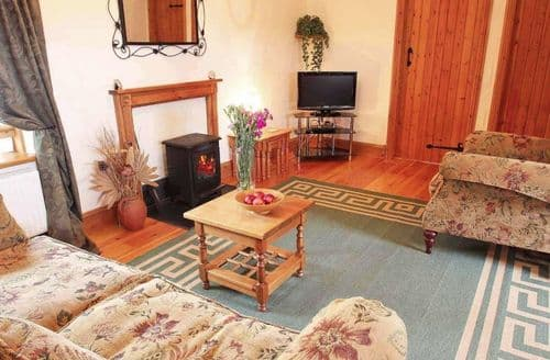 Last Minute Cottages - Exquisite Gilberts Coombe Cottage S82440