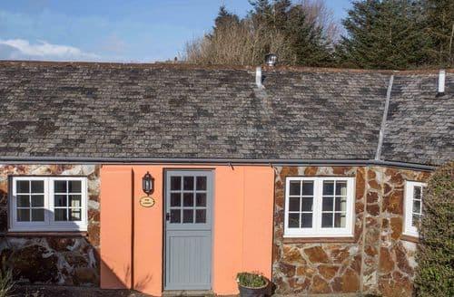 Last Minute Cottages - Linhay