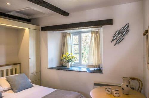 Last Minute Cottages - Tack Room