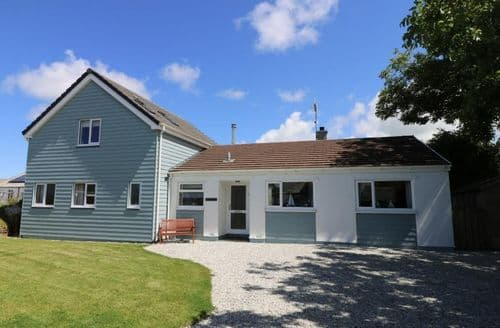 Last Minute Cottages - Wonderful Crackington Haven Cottage S82458