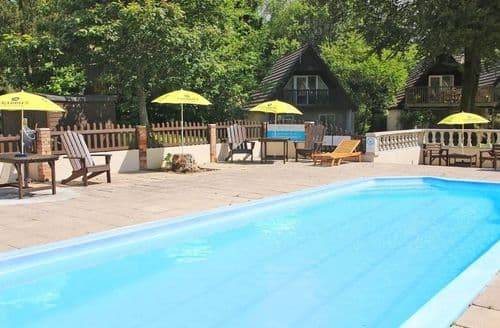 Last Minute Cottages - Superb Norris Green Lodge S82481