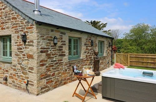 Last Minute Cottages - Lovely Twelveheads Cottage S82500