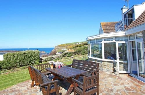 Last Minute Cottages - Little Trelawns