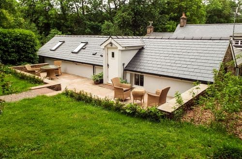 Last Minute Cottages - Captivating Llanishen Cottage S82780