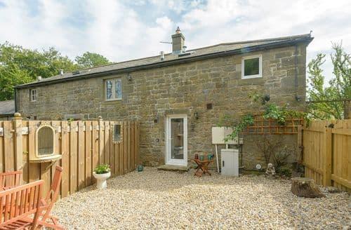 Last Minute Cottages - Charming Edlingham Cottage S86071