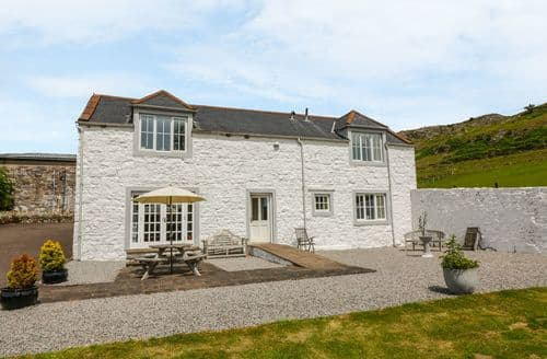Last Minute Cottages - Captivating  Cottage S104250