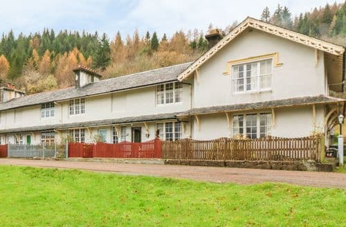 Last Minute Cottages - Beautiful Lochaline Cottage S125543