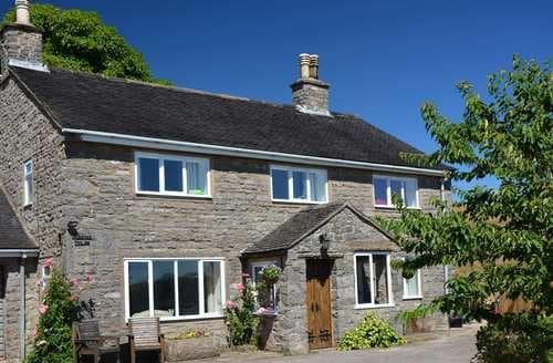 Last Minute Cottages - Paddock House
