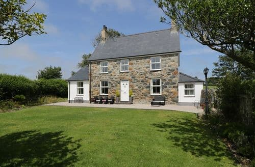 Last Minute Cottages - Captivating  Cottage S84205