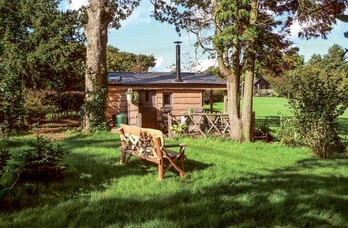 Last Minute Cottages - Cedarwood
