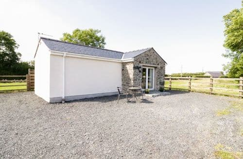 Last Minute Cottages - Charming Pentre Berw Cottage S85688
