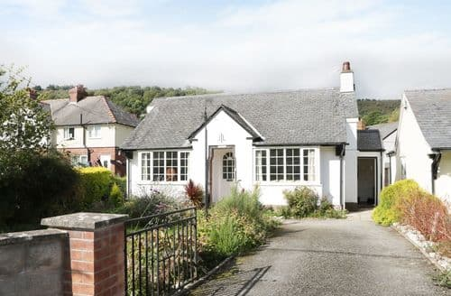 Last Minute Cottages - Luxury Llansantffraid Glyn Ceiriog Cottage S85748