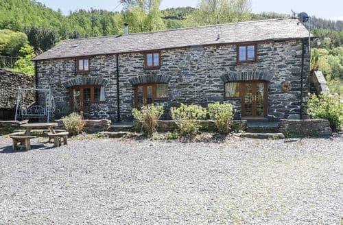Last Minute Cottages - Charming Abergynolwyn Cottage S102868