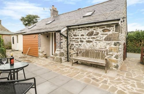 Last Minute Cottages - Captivating Llanegryn Cottage S85384