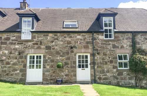 Last Minute Cottages - Dunnottar Woods House