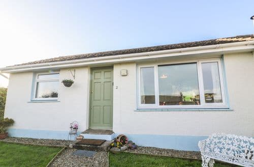 Last Minute Cottages - Lovely Keeston Cottage S88289