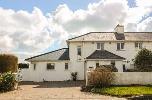 Last Minute Cottages - Superb Criccieth Cottage S90936