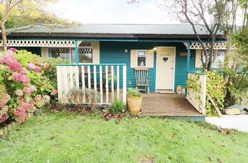 Last Minute Cottages - Wonderful Llanbadarn Fawr Cottage S89169